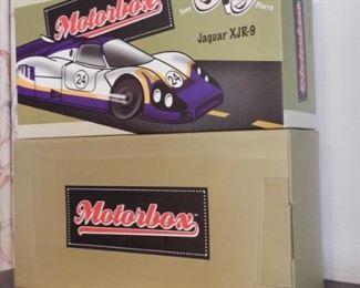 MOTOBOX 1988 JAQUAR XJR-9