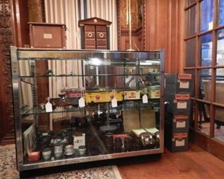 MAGNUS TRAIN CARS WITH ORIGINAL METAL BOXES  AND A HIGH END CAMERA COLLECTION INCLUDING CONTAREX  AND OTHER CAMERAS, 10 CARL ZEISS LENSES, SIGMA 150-500MM LENS, MILITARY GRAFLEX CAMERA AND OTHER HIGH END ACCESSORIES.