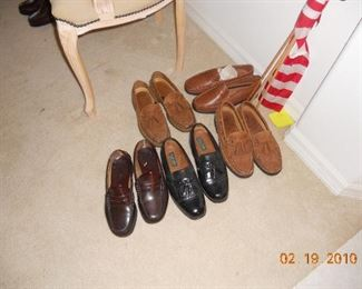 Little Used Men's Shoes