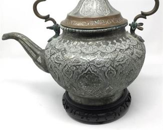 Large Decorative Teapot https://ctbids.com/#!/description/share/215142