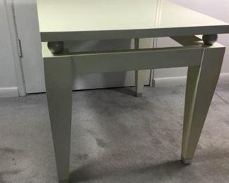 Acrylic Side Table https://ctbids.com/#!/description/share/215143