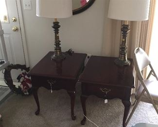2 Cherry End Tables Matching Coffee 2 Lamps