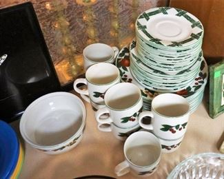 The Cades Cove Collection dinnerware