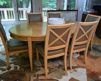 DINING TABLE W/1 LEAF AND 6 CHAIRS