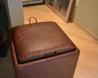 LEATHER STORAGE CUBE