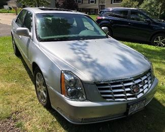 2009 Cadillac DTS - 54k miles, clean title.