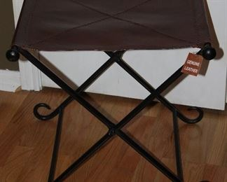 New Roman Style Folding Wrought Iron Metal Stool with Leather Seat