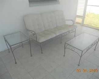 Wrought Iron Patio Set (Couch, 2 Chairs, Coffee table and Side Table)