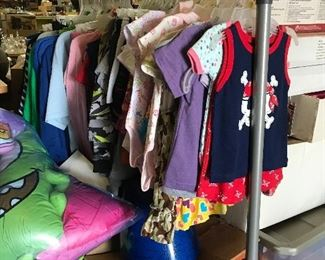 New toddler, kids, men & women's clothes w/ tags