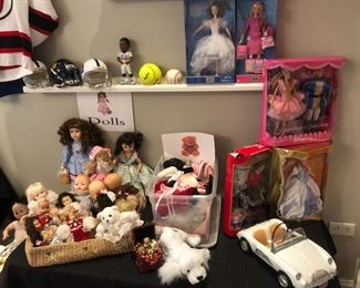 COLLECTIBLE BARBIE DOLLS