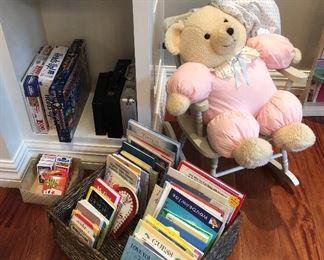 CHILDRENS BOOKS & GAMES