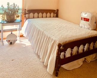 Full size bed/night stand