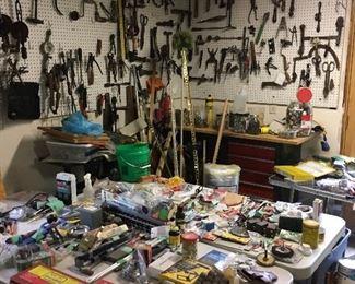 1200+ Hand Tools & Hardware