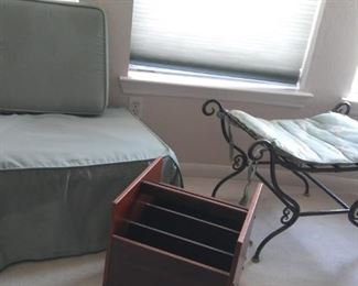 Accessories for Home https://ctbids.com/#!/description/share/216848