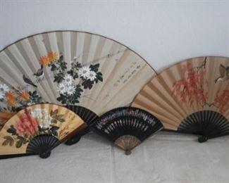 Oriental Paper Fan Collection https://ctbids.com/#!/description/share/214034