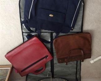 Collection of Bags https://ctbids.com/#!/description/share/216856
