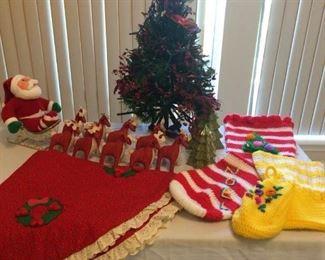 Christmas collection #2 https://ctbids.com/#!/description/share/213076