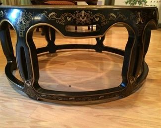 Lovely Asian-Styled Coffee Tablehttps://ctbids.com/#!/description/share/212901