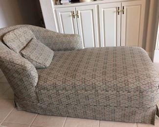 Chaise Lounge https://ctbids.com/#!/description/share/212916