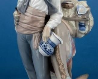 "Lot 49 - Retired Lladro Figurine ""Typical Peddler"" 4859"
