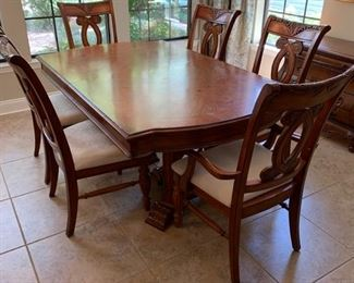 """BEAUTIFUL SPLIT PEDESTAL DINING TABLE WITH SIX CHAIRS   (2 ARM CHAIRS)                                            COMES WITH 2- 12"""" LEAVES TABLE AS SHOWN 72""""X44"""""""