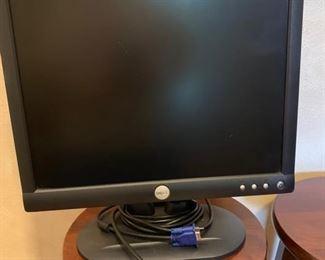 DELL COPUTER MONITOR