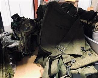 military pouches/ ammo pouches