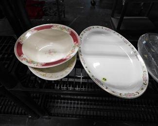 Assorted Homer Laughlin platters & bowl