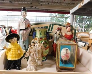 Assorted Asian figures & decor