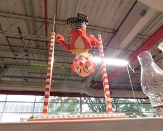 Vintage Toe Joe by Ohio Art toy clown (missing parts)