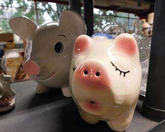 (2) Piggy banks ceramic