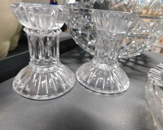 Assorted collectible glassware