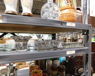 Assorted crysta & collectible glassware