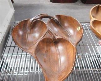 Ceramic leaf 3 sided tray