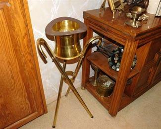 brass top hat ice bucket/wine cooler