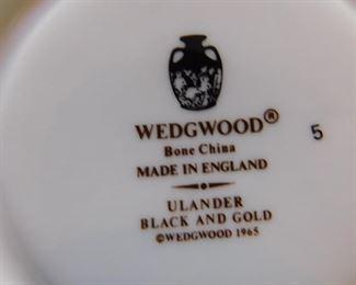 """Wedgwood Bone China  set """" Urlander black and gold"""""""