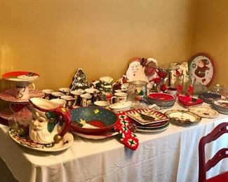 Holiday service ware