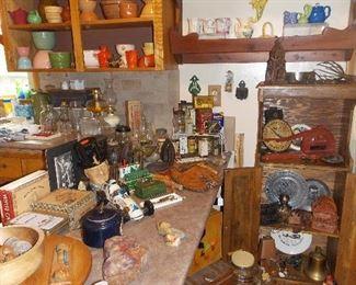 Pottery, Tins Tobacciana