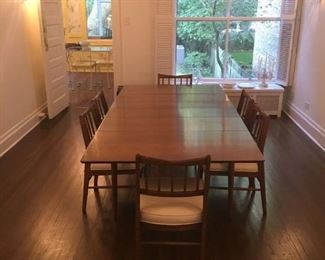 mid century modern table and 8 chairs in pristine condition