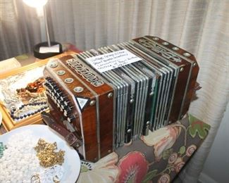Vintage Georgi & Vitak accordion