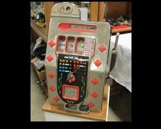 Vintage 0.25 slot machine