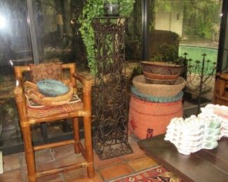 pitluk bar stool with planter