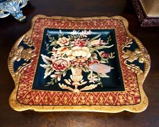 Here's the tray I mentioned - it's beautiful.