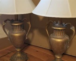Pair of Lamps https://ctbids.com/#!/description/share/216022