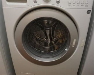 LG Washer with Pedestal
