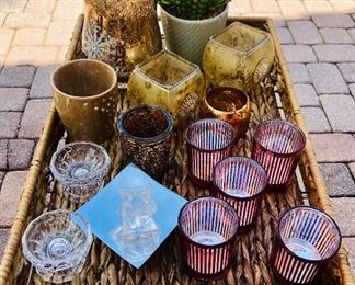 Lot of candles and candle holders https://ctbids.com/#!/description/share/214246