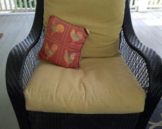 4 comfy swivel tilt outdoor wicker chairs