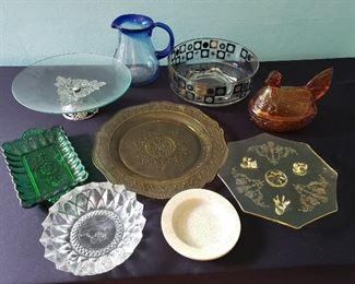 Vintage Dishes & More https://ctbids.com/#!/description/share/216108