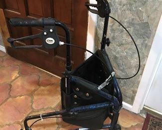 Drive Medical wheeled walker w/brakes