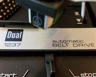 Dual 1237 turntable